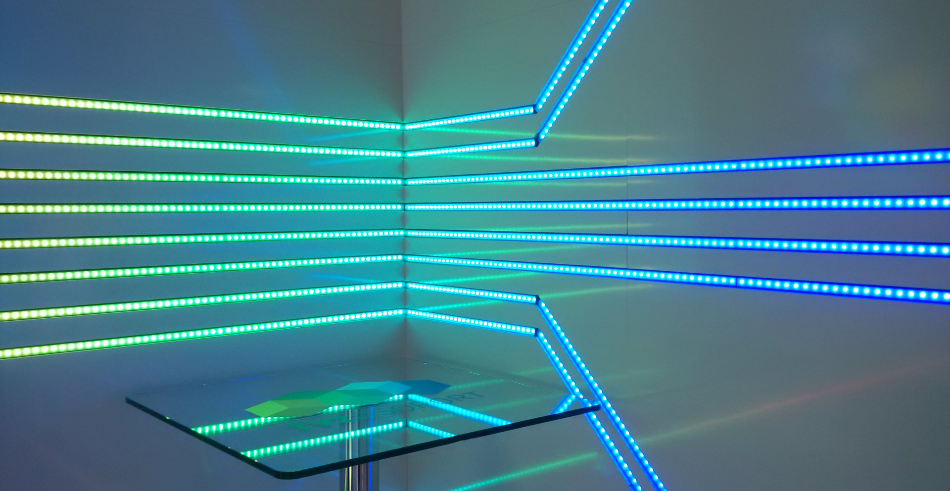 Indoor ledblade visuals